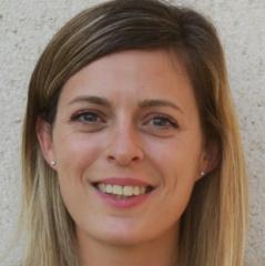 Emilie Cofrade Assurance Saint Pierre Du Perray